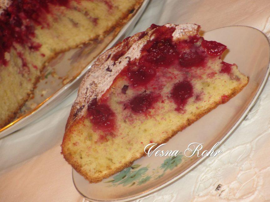 Ивин колач со вишњи